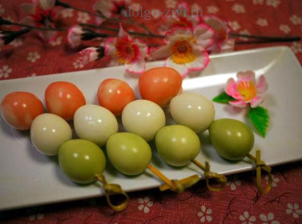 трехцветные яйца