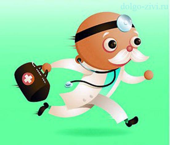 врач бежит