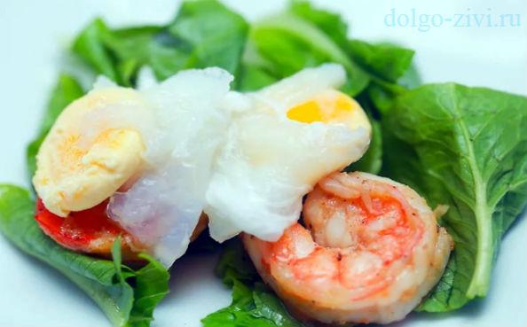 перепелиные яйца пашот