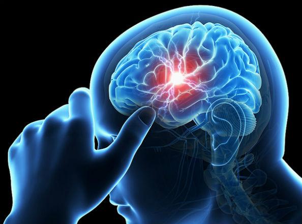 болит голова из-за опухоли