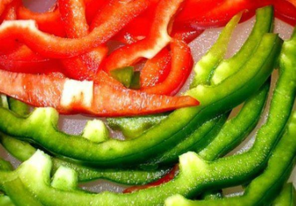 резаный перец разноцветный