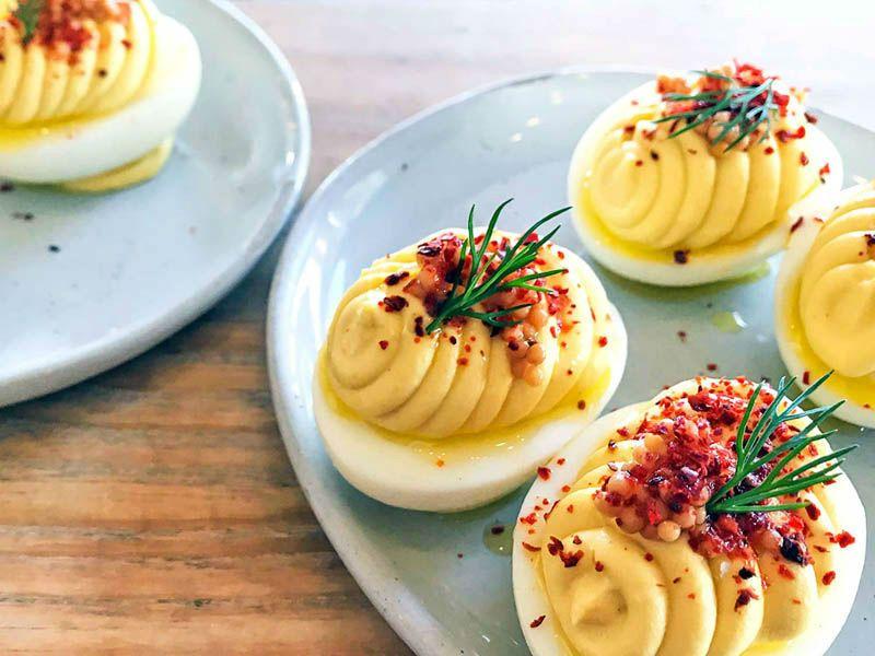 яйца с тунцом