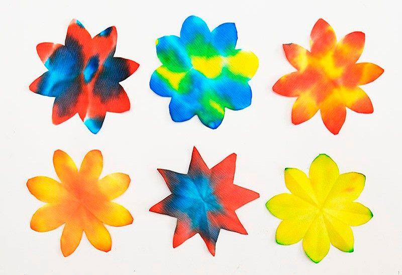цветы из бумаги легко